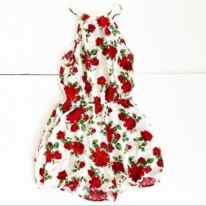 Divided H&M romper size 4 white w/red flowers 🌺